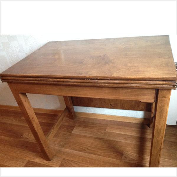 стол трансформер вид спереди